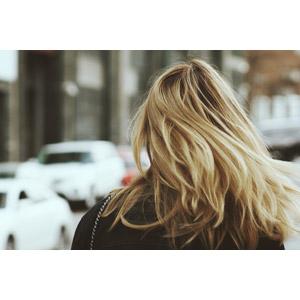 フリー写真, 人物, 女性, 外国人女性, 金髪(ブロンド), 後ろ姿, 髪の毛