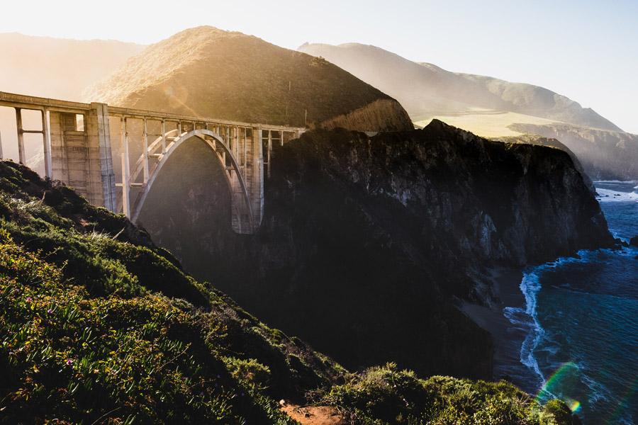 フリー写真 ビッグサー沿岸のビクスビー橋の風景