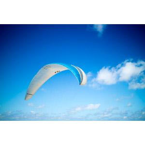 フリー写真, スポーツ, スカイスポーツ, パラグライダー, 空, 青空, 雲