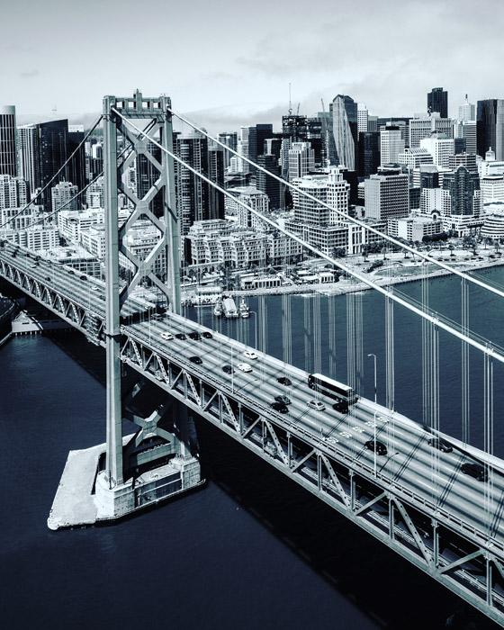 フリー写真 モノクロのサンフランシスコ・オークランド・ベイブリッジ
