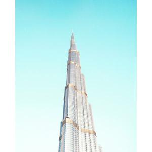 フリー写真, 風景, 建造物, 建築物, 高層ビル, ブルジュ・ハリファ, ドバイ, アラブ首長国連邦の風景, 青空