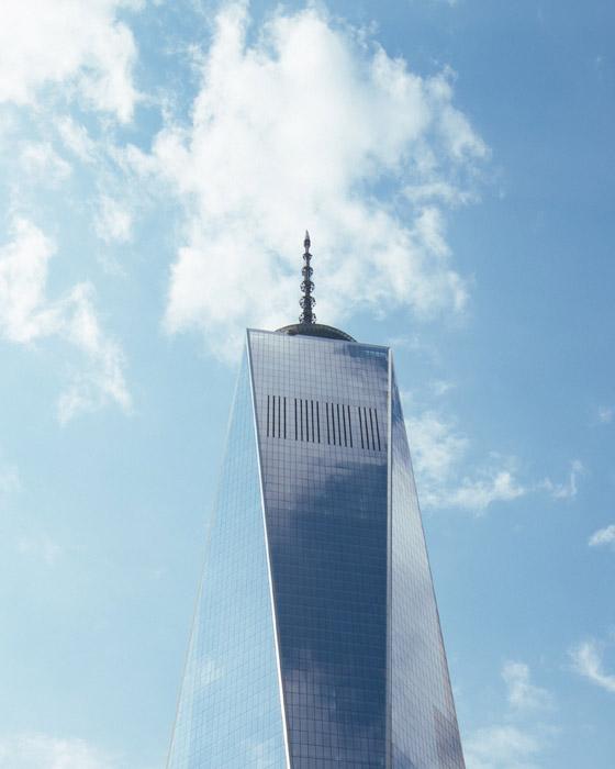 フリー写真 青空と1ワールドトレードセンターの超高層ビル