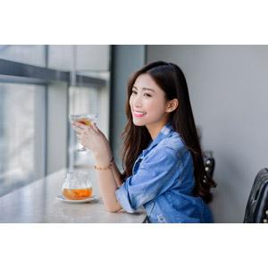 フリー写真, 人物, 女性, アジア人女性, 楚珊(00053), 中国人, 飲み物(飲料), 紅茶