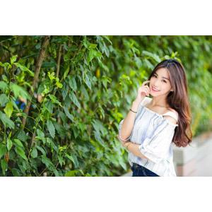 フリー写真, 人物, 女性, アジア人女性, 楚珊(00053), 中国人, 頬に指を当てる, 顎に指を当てる