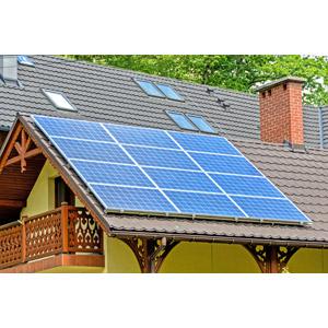 フリー写真, 風景, 建造物, 建築物, 住宅, 家(一軒家), 太陽光発電, ソーラーパネル, 再生可能エネルギー, 発電