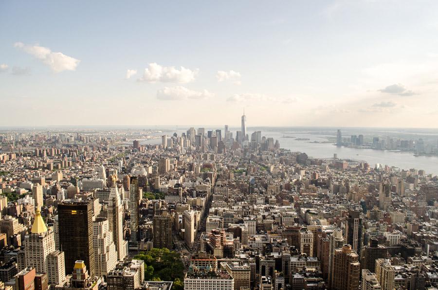 フリー写真 一望するニューヨークの都市風景