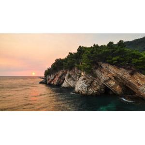 フリー写真, 風景, 自然, 崖, 海岸, 海, 夕暮れ(夕方), 夕焼け, 夕日, 日の入り, モンテネグロの風景