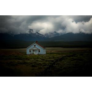 フリー写真, 風景, 建造物, 建築物, 住宅, 家(一軒家), 田舎, 山, 雲, アメリカの風景, コロラド州