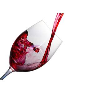 フリー写真, 飲み物(飲料), お酒, ワイン, 赤ワイン, ワイングラス, 白背景
