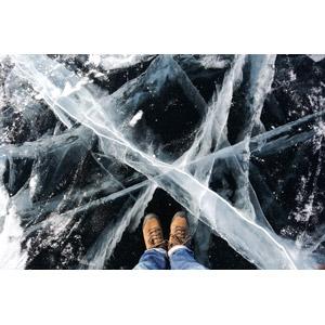 フリー写真, 人体, 足, 靴(シューズ), 人と風景, 氷