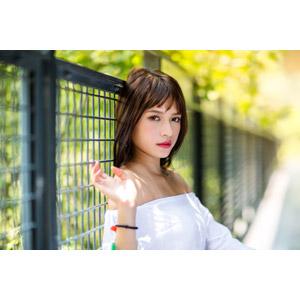 フリー写真, 人物, 女性, アジア人女性, 女性(00269), 中国人, 柵(フェンス)
