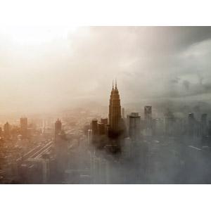 フリー写真, 風景, 建造物, 建築物, 高層ビル, 都市, 街並み(町並み), 霧(霞), ペトロナスツインタワー, マレーシアの風景, クアラルンプール