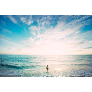 フリー写真, 風景, 海, 青空, 雲, 人と風景, 女性, 後ろ姿, 水着, 海水浴