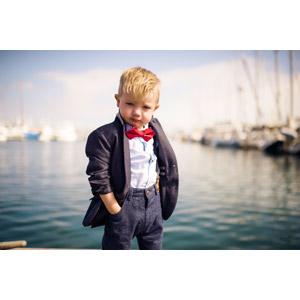 フリー写真, 人物, 子供, 男の子, 外国の男の子, アメリカ人, 金髪(ブロンド), 人と風景, 港, 海