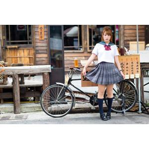 フリー写真, 人物, 女性, アジア人女性, 女性(00271), 中国人, 少女, アジアの少女, 学生(生徒), 高校生, 学生服, セーラー服(学生服), 人と乗り物, 自転車