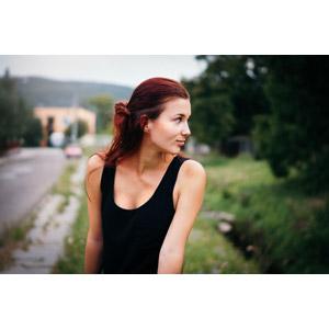 フリー写真, 人物, 女性, 外国人女性, スロバキア人, 横顔, タンクトップ