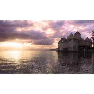 フリー写真, 風景, 建造物, 建築物, 城, シヨン城(シオン城), 湖, レマン湖, 夕暮れ(夕方), 雲, スイスの風景