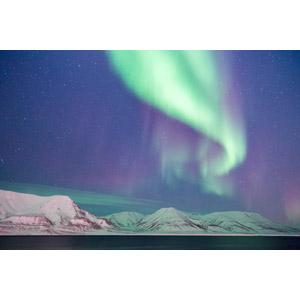 フリー写真, 風景, 自然, 山, 雪, 夜, 星(スター), オーロラ