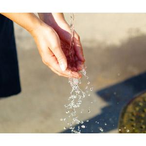 フリー写真, 人体, 手, 水, 手洗い(手を洗う), 掬う手