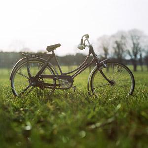 フリー写真, 乗り物, 自転車, 芝生