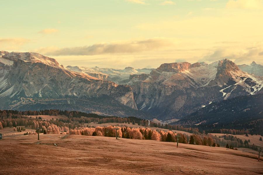 フリー写真 南チロル地方の秋のアルプス山脈の風景