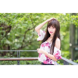 フリー写真, 人物, 女性, アジア人女性, 嚴琪琪(00273), 中国人, 頭に手を当てる