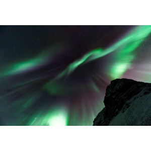 フリー写真, 風景, 自然, 夜, 夜空, 星(スター), オーロラ, 岩山, アイスランドの風景