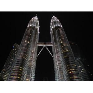 フリー写真, 風景, 建造物, 建築物, 夜, ペトロナスツインタワー, マレーシア, 超高層ビル, 夜景