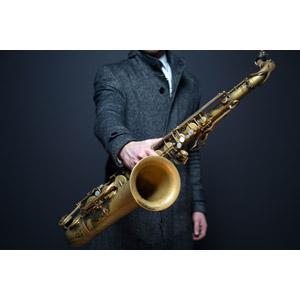 フリー写真, 人物, 音楽, 楽器, 木管楽器, サックス(サクソフォーン)