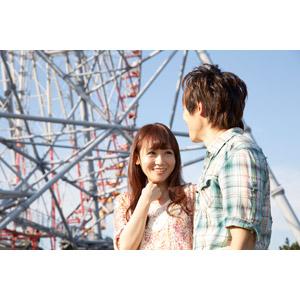 フリー写真, 人物, カップル, 恋人, 日本人, 男性(00028), 女性(00030), デート, 二人, 遊園地