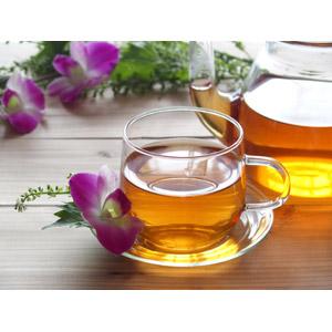 フリー写真, 飲み物(飲料), お茶, ハーブティー, ティーポッド, ティーカップ, 花, デンファレ