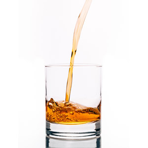 フリー写真, 飲み物(飲料), お酒, ウィスキー, ウィスキーグラス, 白背景