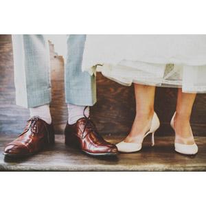 フリー写真, 人体, 足, カップル, 靴(シューズ), 革靴, ハイヒール, パンプス, メンズファッション, レディースファッション