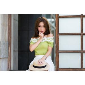 フリー写真, 人物, 女性, アジア人女性, Dora(00078), 中国人, 麦わら帽子, 唇に指を当てる