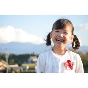 フリー写真, 人物, 子供, 女の子, アジアの女の子, 女の子(00035), 日本人, 笑う(笑顔), ツインテール