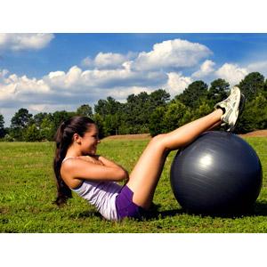 フリー写真, 人物, 女性, 外国人女性, 運動, フィジカルトレーニング, 筋トレ, 腹筋, バランスボール