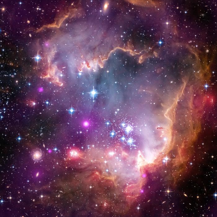 フリー写真 小マゼラン雲の中のNGC602の散開星団