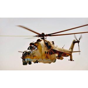 フリー写真, 乗り物, 航空機, ヘリコプター, 兵器, 攻撃ヘリコプター, Mi-35, アフガン軍