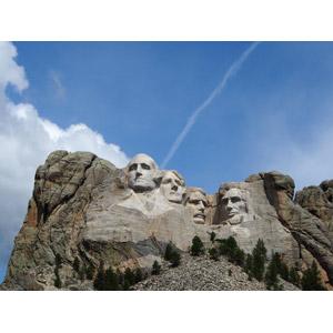 フリー写真, 風景, 岩山, ラシュモア山, 彫像, モニュメント, ジョージ・ワシントン, トーマス・ジェファーソン, セオドア・ルーズベルト, エイブラハム・リンカーン, アメリカ合衆国大統領