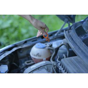 フリー写真, 人体, 手, 人と乗り物, 自動車, エンジンオイル