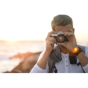 フリー写真, 人物, 男性, 外国人男性, 写真撮影, カメラ, 一眼レフカメラ, キャノン
