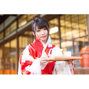 フリー写真, 人物, 女性, アジア人女性, 小花(00096), 中国人, 着物, 和服, ティータイム