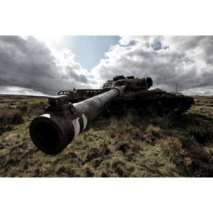 フリー写真, 乗り物, 戦車, 兵器, イギリスの風景, イングランド, 廃車(放置自動車)