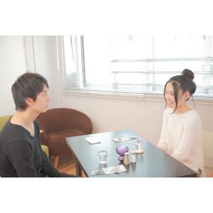 フリー写真, 人物, カップル, 恋人, 女性(00037), 男性(00038), 二人, デート, 向かい合う, 飲食店, 喫茶店(カフェ)