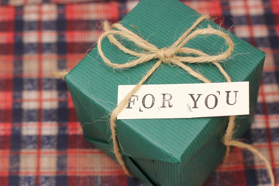 フリー写真 メッセージカードとプレゼント