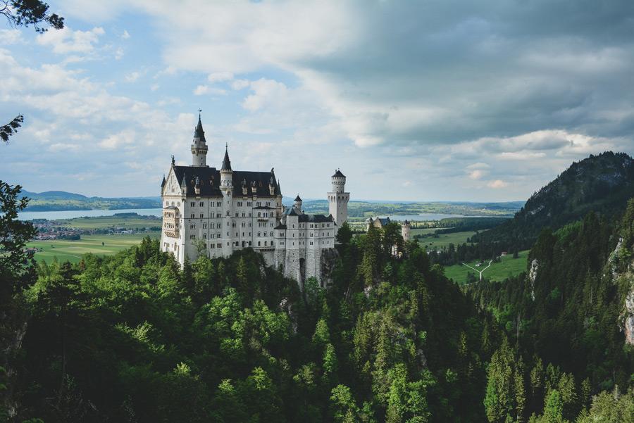 フリー写真 ノイシュバンシュタイン城の風景
