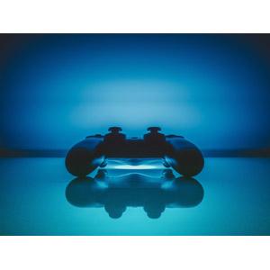 フリー写真, 家電機器, ゲーム機, ゲーム, コントローラー, PlayStation 4(PS4), ソニー(SONY), 青色(ブルー)