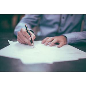 フリー写真, 人体, 手, 書く, シャープペンシル(シャーペン), 書類, テスト