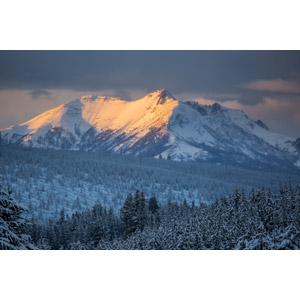 フリー写真, 風景, 自然, 山, 雪, 冬, イエローストーン国立公園, 世界遺産, アメリカの風景