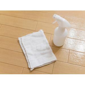 フリー写真, 掃除(清掃), 掃除用具, 雑巾, 掃除用洗剤, 年末大掃除, フローリング